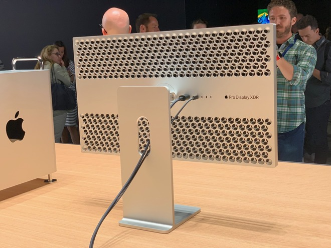 Apple Pro Stand